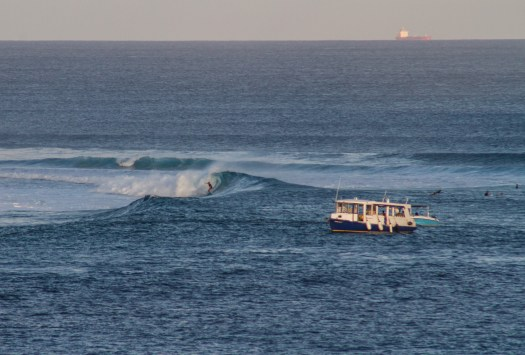 Hakula surf 33.jpg