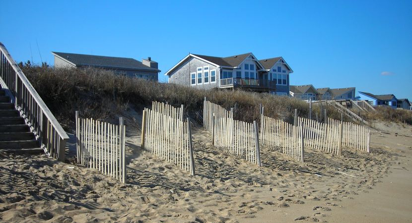 wind-sand-fences-outer-banks