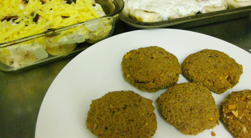 A meal for friends - Lamb Keema (mince) kebabs (1/3)