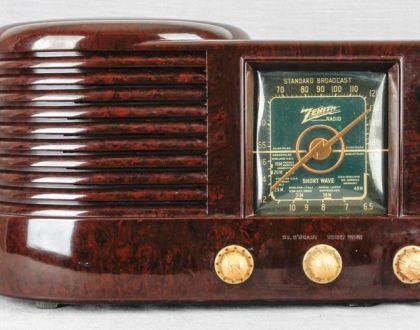 A la radio con amor