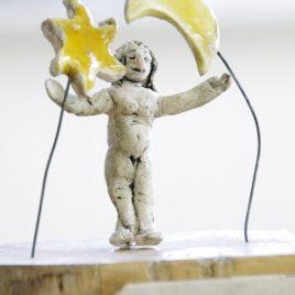 Ceramic sculpture (I am love)