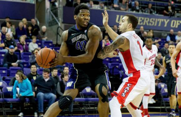 UW Basketball: Huskies can't stop the bleeding–lose to U of A and ASU.