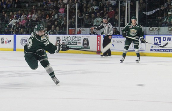 Silvertips take down Royals, 2-1 in overtime