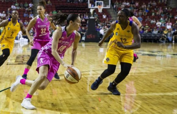 STORM GET A HUGE WIN AS THEY CRUSH THE LA SPARKS 81-9