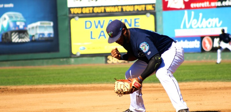 "AquaSox: Frogs Return Home, wondering ""Is There Still a Chance?"""