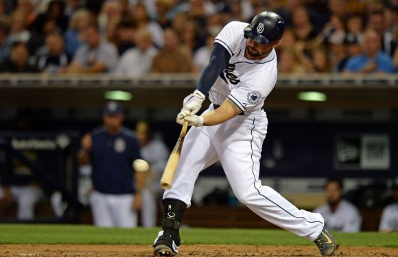 Seattle Mariners acquire Yonder Alonso; Dipoto wasting his time?