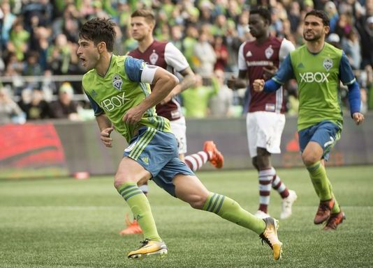 Sounders cruise to 3-0 win over Rapids, take a #2 seed in the MLS playoffs