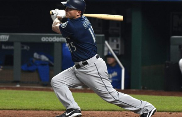 Mariners take two out of three in Kansas City
