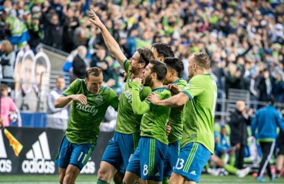 Sounders drop RSL 2-0 in MLS semi-finals