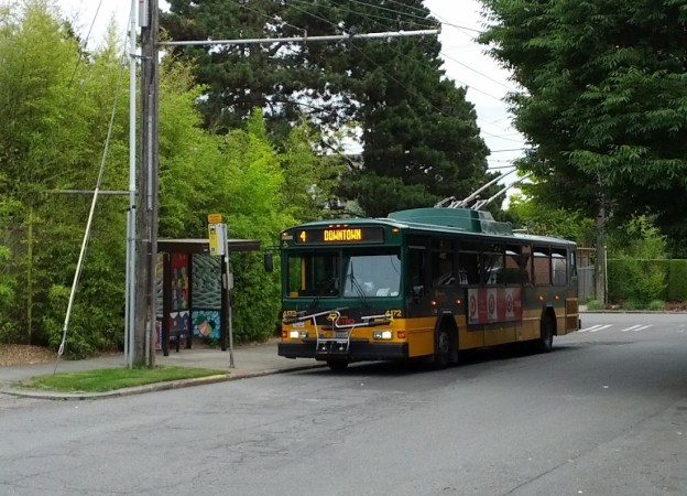 Route 4 laying over on Nob Hill Ave