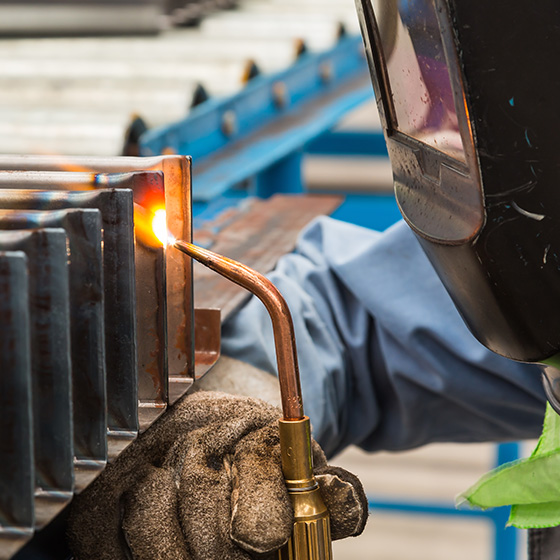 Fine detailed welding on slats