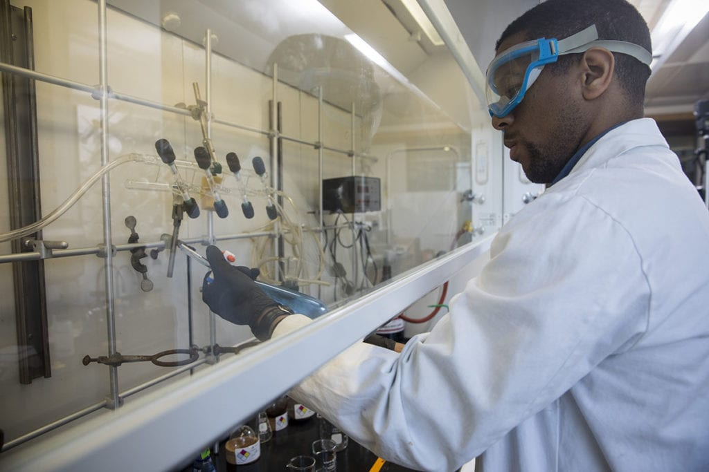 Student participating in Seaver Summer Research Programs