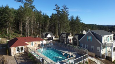 A heated pool is adjacent to Seaview Cottage!