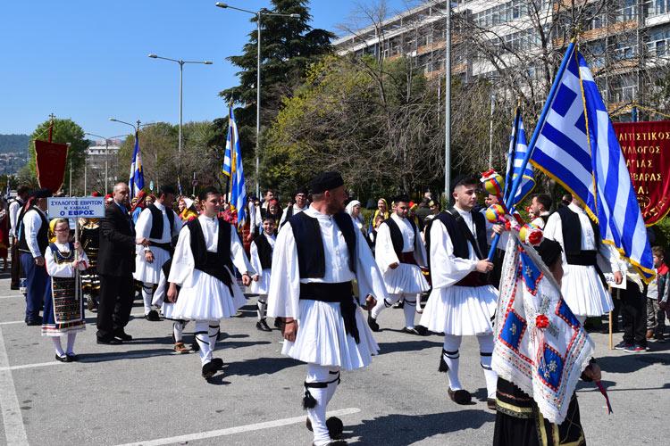 Παρέλαση στις 25 Μαρτίου στην Καβάλα