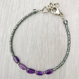 Small amethyst and silver black seed bead bracelet