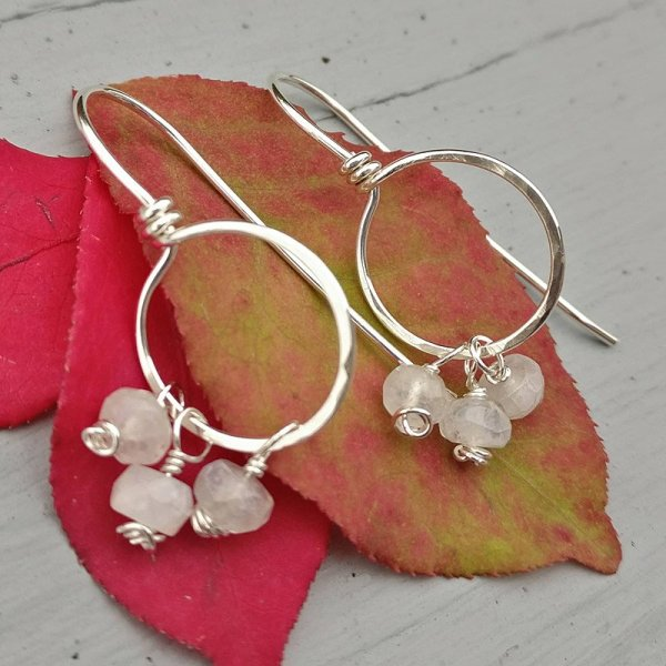 Silver earrings with moonstone beads