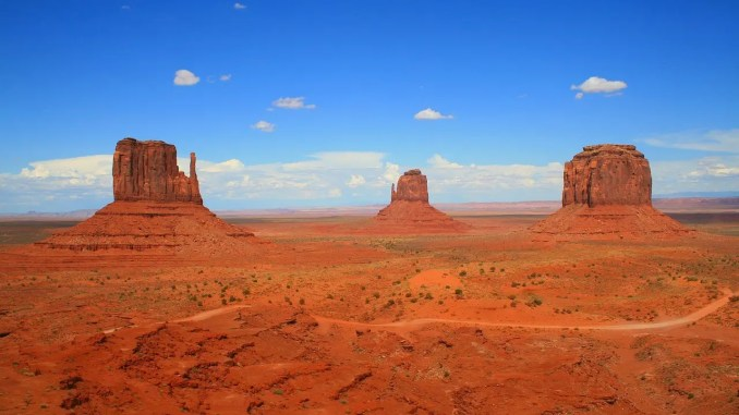 - monument-valley-1235223_1280