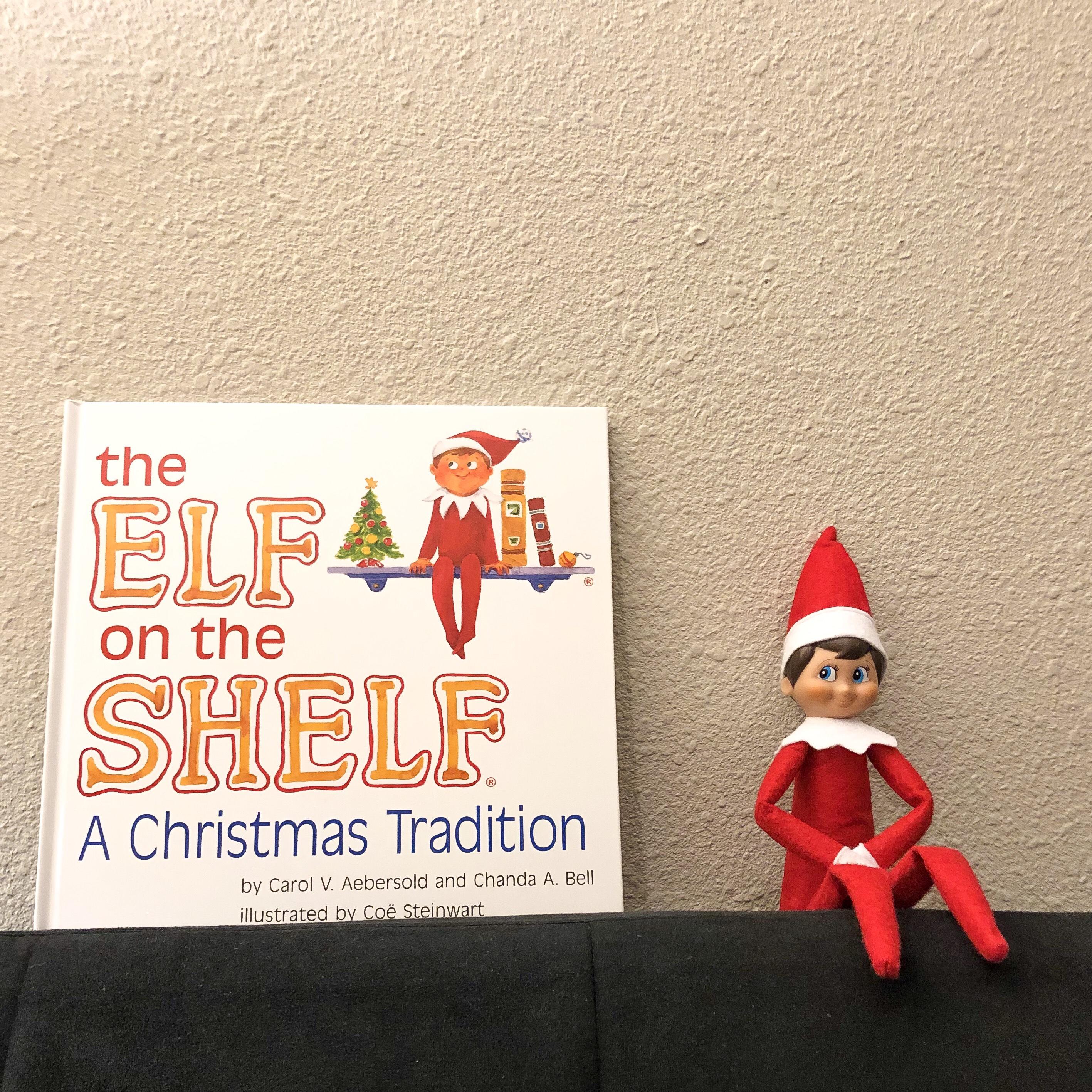 elf on the shelf elfe sur l'étagère tradition noël