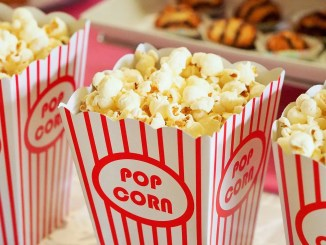 pop corn cinema drive in