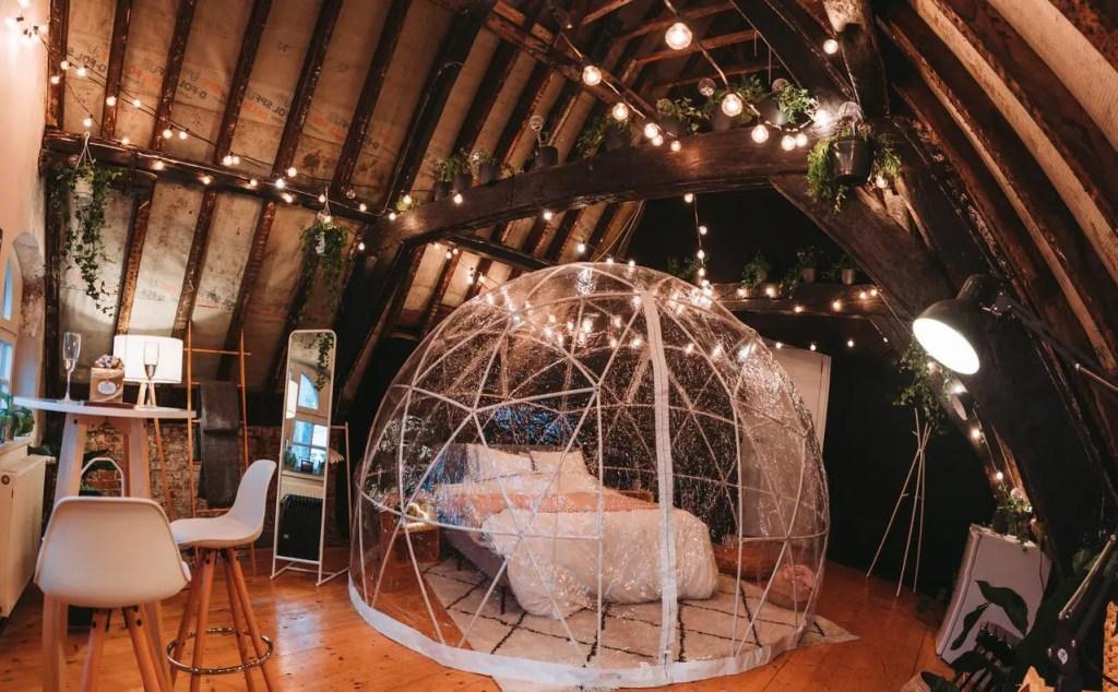 saint-valentin bubble cocoon grand-place bruxelles amour couple