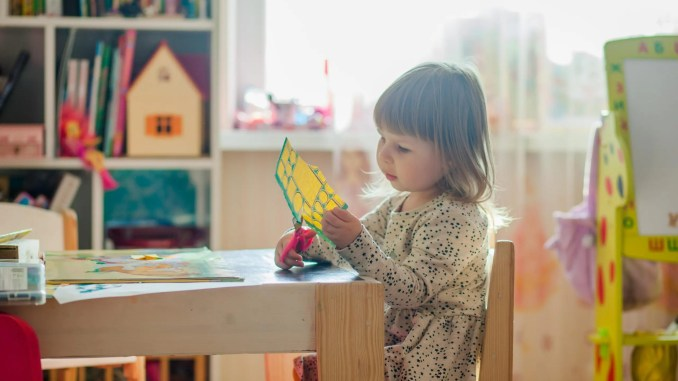 pédagogie enfant montessori alvarez - pexels-natalie-3913426