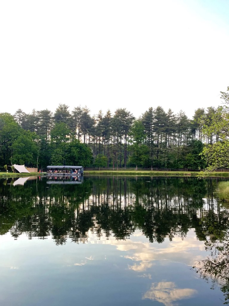 radeau dinner on the lake averbode