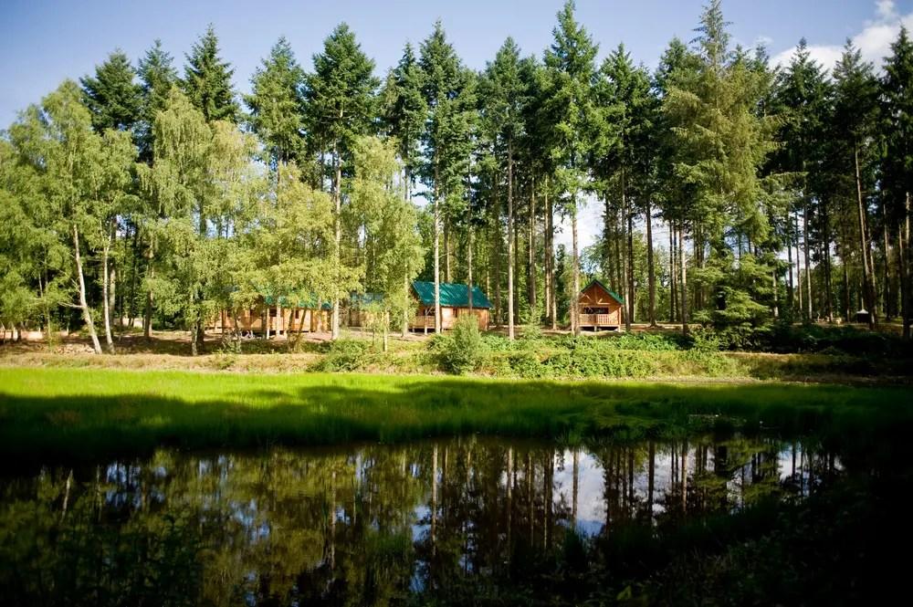 camping huttopia senonces en pleine nature