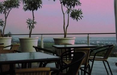 Tempat Makan Malam di Bandung Untuk Middle High