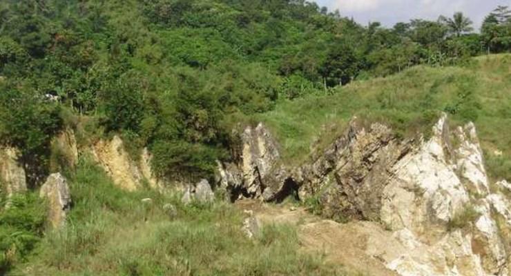 Tebing Citatah Padalarang Bandung