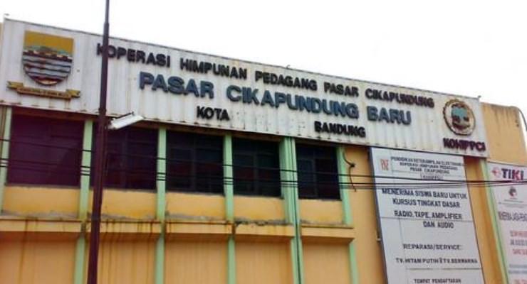 Pasar Cikapundung Bandung