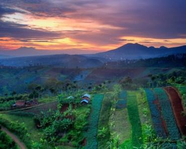 Wisata Perbukitan Di Bandung