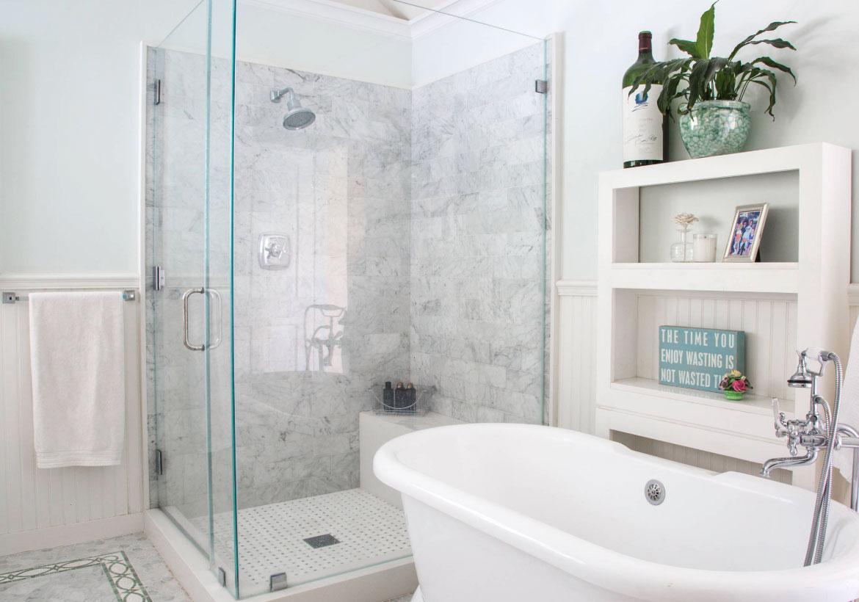white marble bathroom floor image