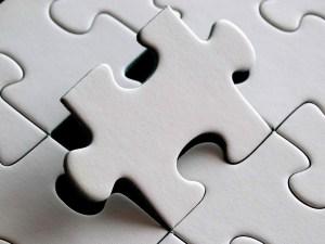 puzzle-654957_1920 deeper look