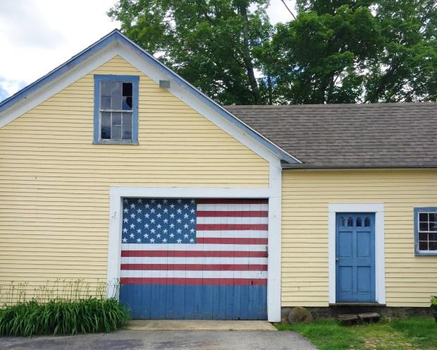 New Hampshire flag house