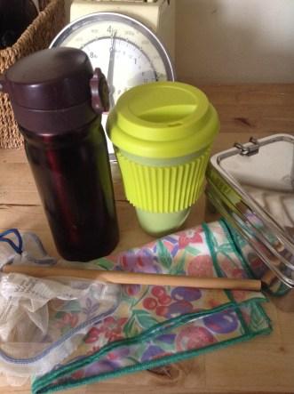 plastic free/zero waste travel kit