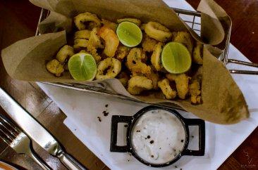 Calamari Fritters & Garlic Dip