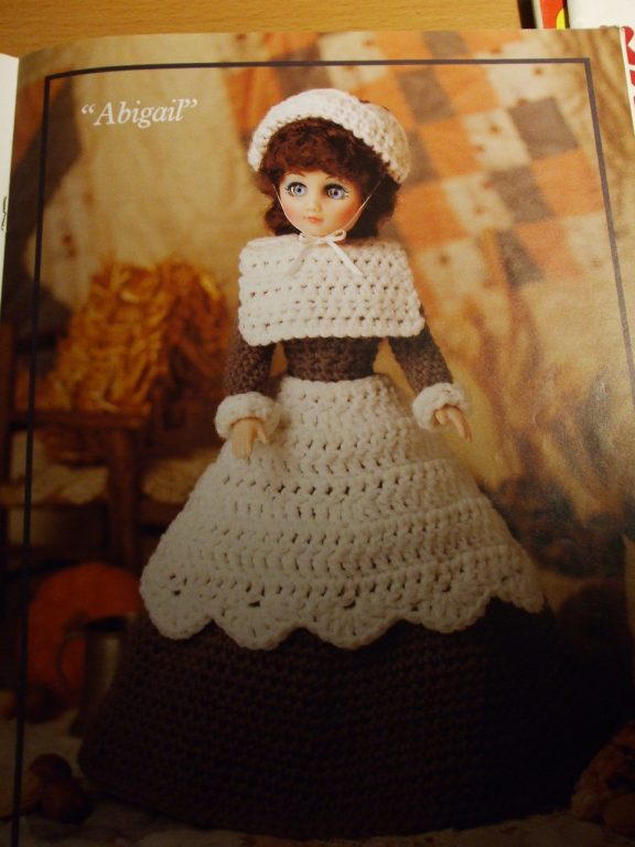 How to crochet doll lace dress / doll clothes - YouTube | 2048x1536