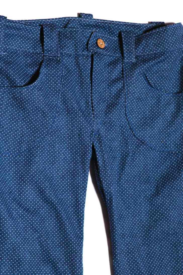 winter pants with dots, detail