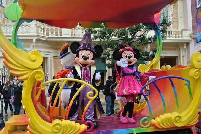 Miickey and Minnie at Disneyland Paris