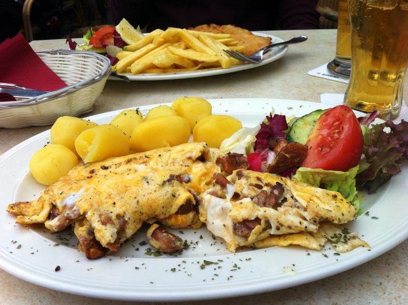 omelett at Elb beach in Hamburg