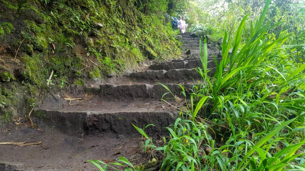 1 hour hike up to Machu Picchu
