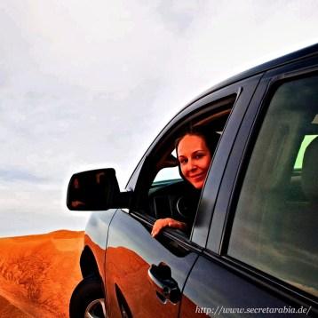 Dürfen Frauen Auto fahren in Arabien