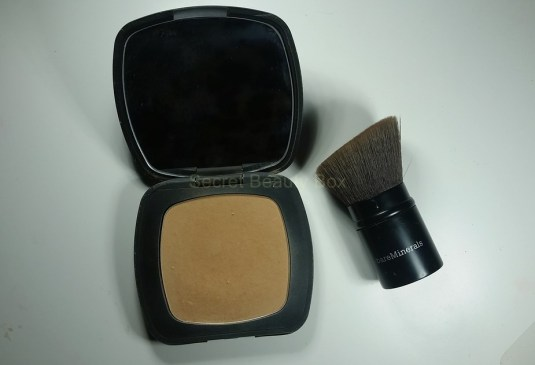 bare minerals ready foundation R330