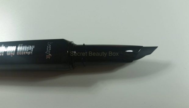 benefit they're realy push-up liner