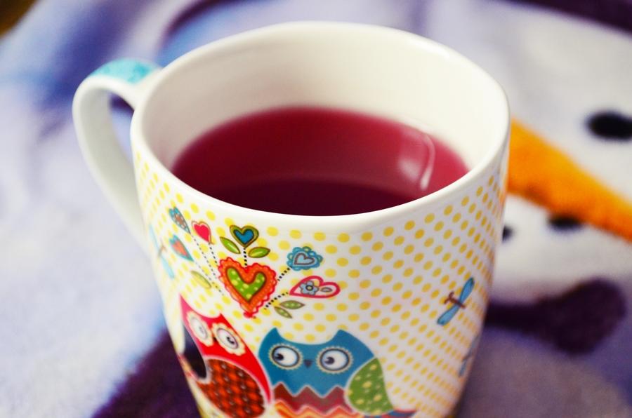 cana cu bufnite si ceai de capsune si vanilie