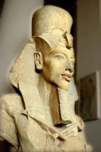 Akhenaton