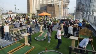 rooftop-bar-london-golf-cinema-stratford-nightlife