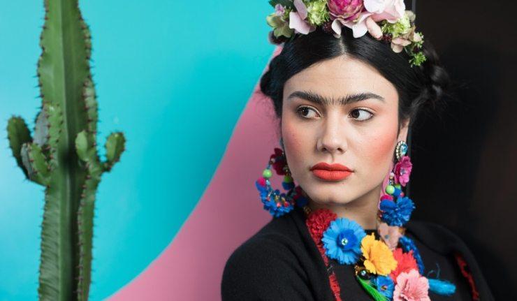 frida-kahlo-interactive-pop-up