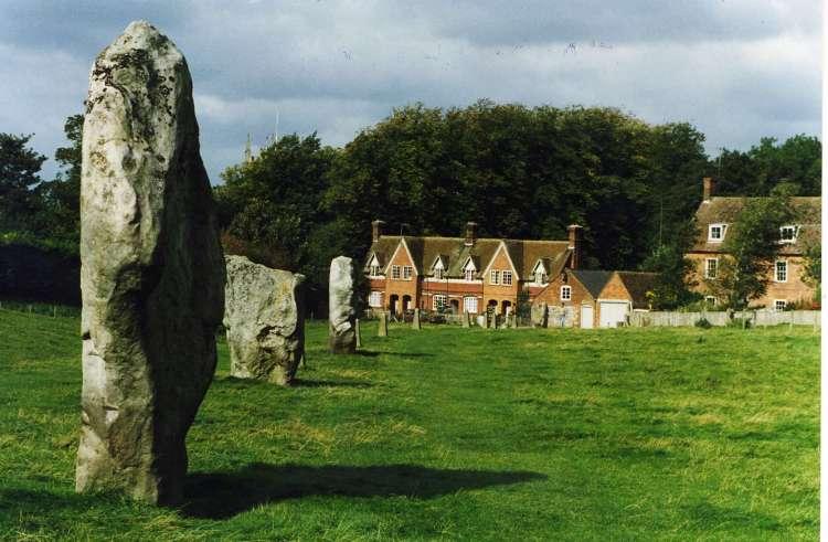 Avebury Henge - day trip from London