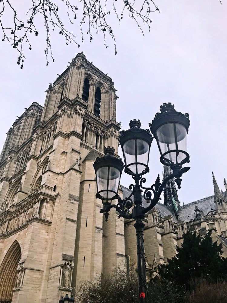 Notre Dame - Walking tour in Le Marais